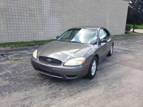 2005 Ford Taurus for sale at Caruzin Motors in Flint MI