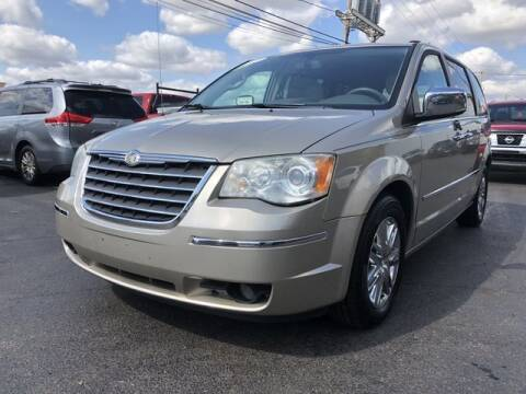 2009 Chrysler Town and Country for sale at Instant Auto Sales in Chillicothe OH