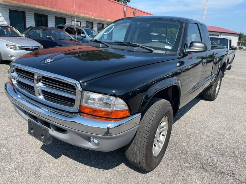 2002 Dodge Dakota for sale at Best Buy Auto Sales in Murphysboro IL