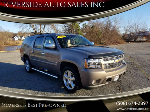 2007 Chevrolet Suburban for sale at RIVERSIDE AUTO SALES INC in Somerset MA