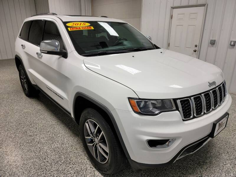 2018 Jeep Grand Cherokee for sale at LaFleur Auto Sales in North Sioux City SD