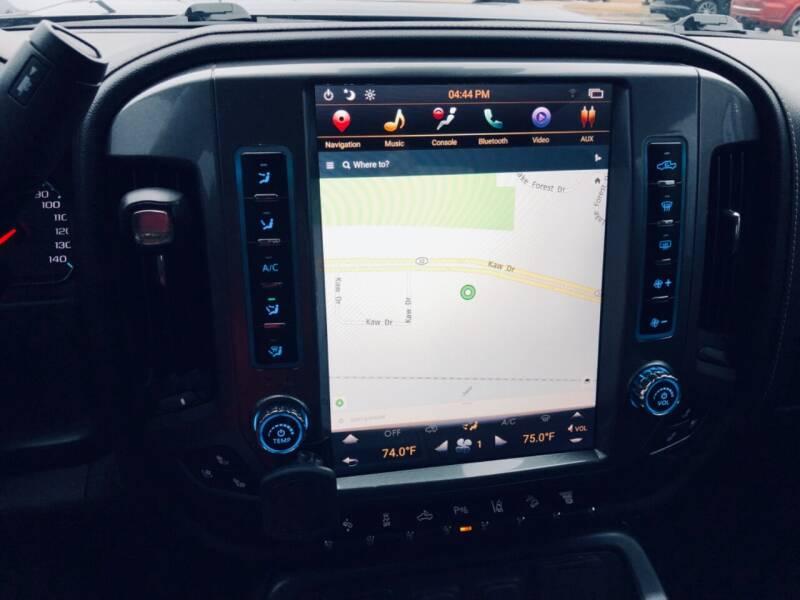 2018 Chevrolet Silverado 2500HD 4x4 LTZ 4dr Crew Cab SB - Edwardsville KS