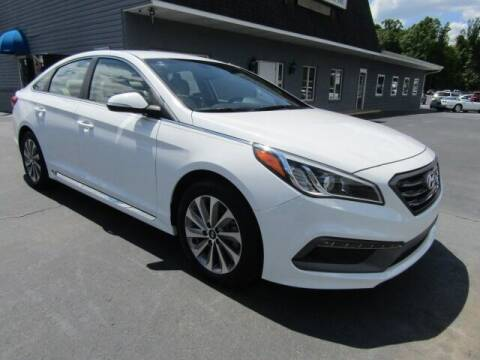 2017 Hyundai Sonata for sale at Specialty Car Company in North Wilkesboro NC