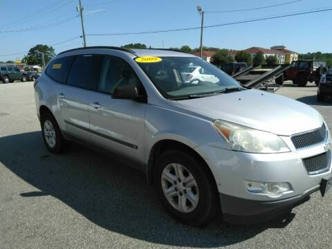 2009 Chevrolet Traverse for sale at Kelly & Kelly Supermarket of Cars in Fayetteville NC