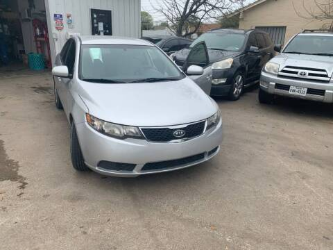 2013 Kia Forte for sale at Bad Credit Call Fadi in Dallas TX