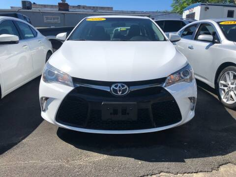 2016 Toyota Camry for sale at OFIER AUTO SALES in Freeport NY