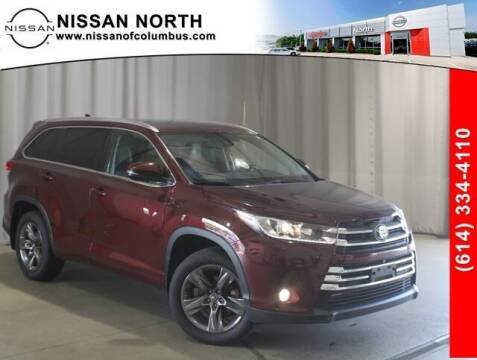 2018 Toyota Highlander for sale at Auto Center of Columbus in Columbus OH