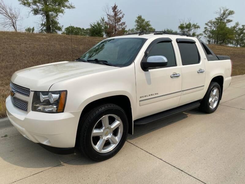 2011 Chevrolet Avalanche for sale at BISMAN AUTOWORX INC in Bismarck ND