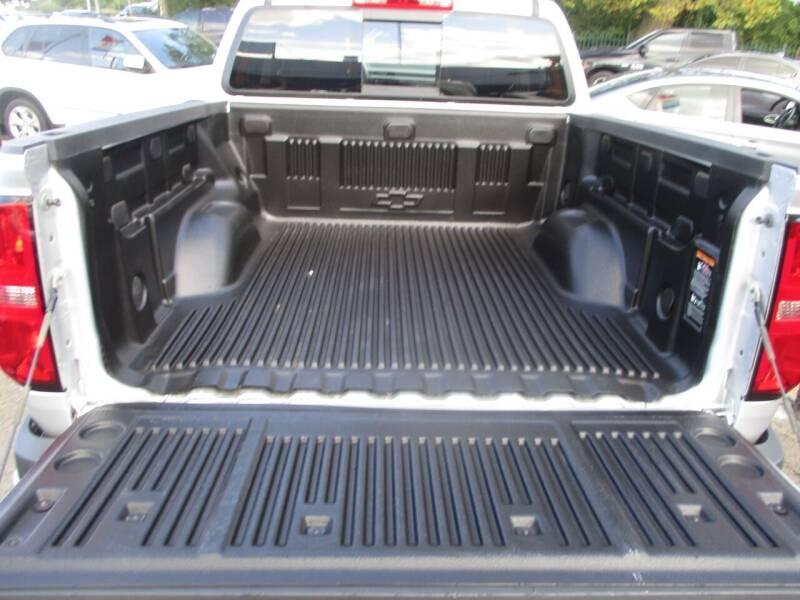 2016 Chevrolet Colorado 4x4 Z71 4dr Crew Cab 5 ft. SB - Newark NJ