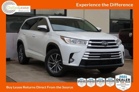 2018 Toyota Highlander for sale at Dallas Auto Finance in Dallas TX
