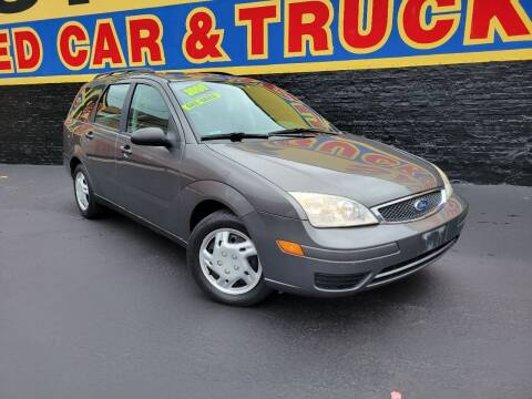 2005 Ford Focus for sale at B & R Motor Sales in Chicago IL