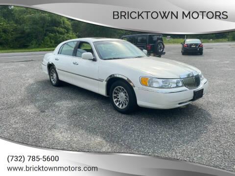 2002 Lincoln Town Car for sale at Bricktown Motors in Brick NJ