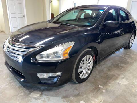 2015 Nissan Altima for sale at Safe Trip Auto Sales in Dallas TX