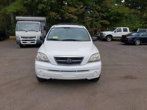 2005 Kia Sorento for sale at 1st Priority Autos in Middleborough MA