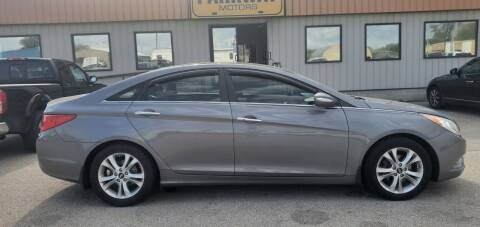 2012 Hyundai Sonata for sale at Parkway Motors in Springfield IL