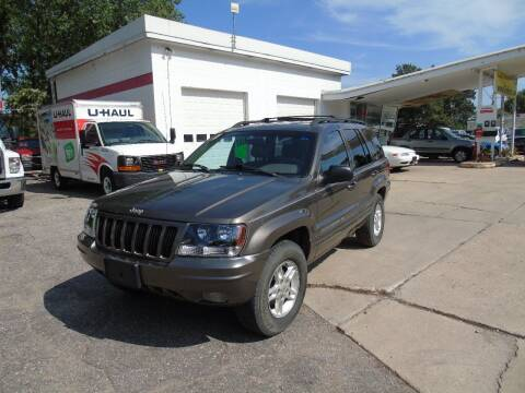 2000 Jeep Grand Cherokee for sale at C&C AUTO SALES INC in Charles City IA