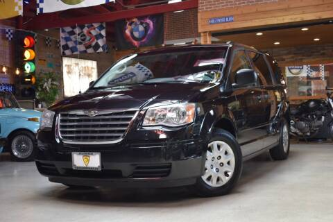 2008 Chrysler Town and Country for sale at Chicago Cars US in Summit IL