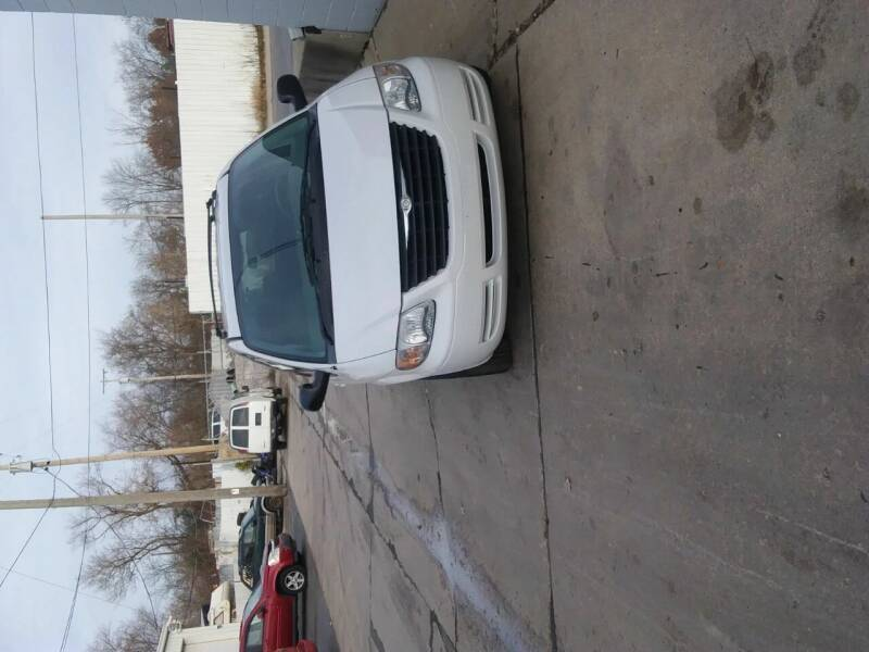 2006 Chrysler Town and Country for sale at Carson's Cars in Milwaukee WI