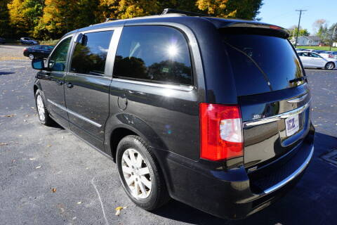 2015 Chrysler Town and Country
