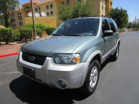 2007 Ford Escape for sale at PRESTIGE AUTO SALES GROUP INC in Stevenson Ranch CA