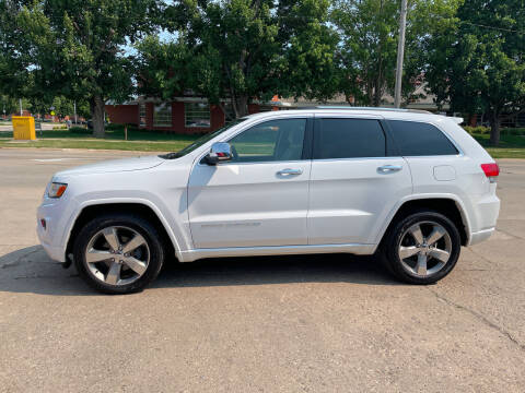 2014 Jeep Grand Cherokee for sale at Mulder Auto Tire and Lube in Orange City IA