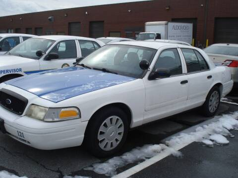 2006 Ford Crown Victoria for sale at DRIVE INVESTMENT GROUP in Frederick MD