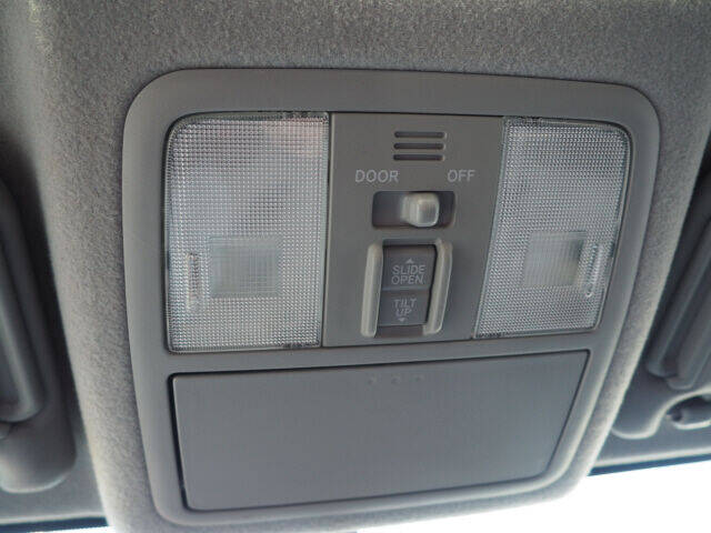 2011 Toyota RAV4 4x4 Sport 4dr SUV V6 - Cortland OH