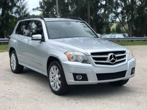 2011 Mercedes-Benz GLK for sale at CAR UZD in Miami FL