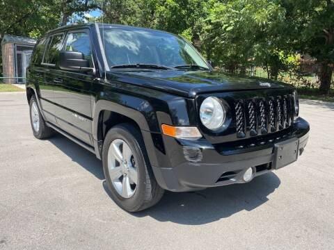 2015 Jeep Patriot for sale at Thornhill Motor Company in Lake Worth TX