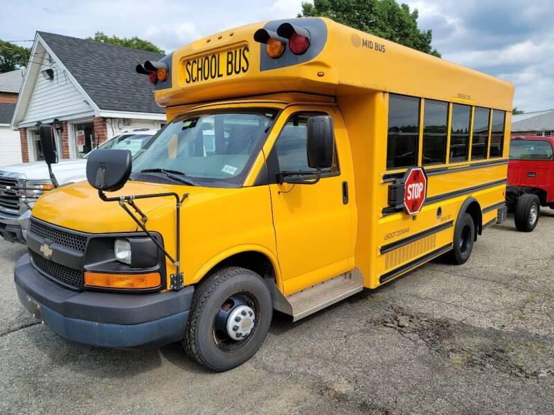 2010 Chevrolet 20 Passenger Bus for sale at Plum Auto Works Inc in Newburyport MA