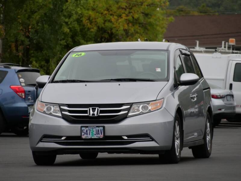 2016 Honda Odyssey for sale at CLINT NEWELL USED CARS in Roseburg OR