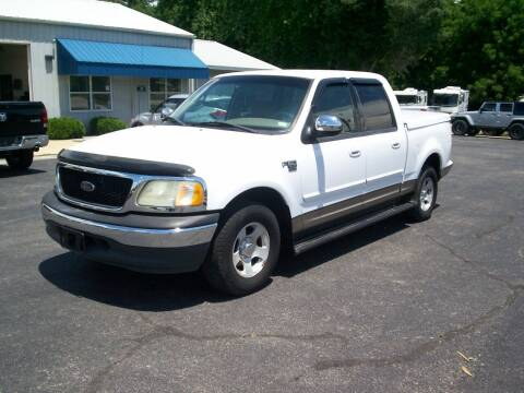 2001 Ford F-150 for sale at Jones Auto Sales in Poplar Bluff MO