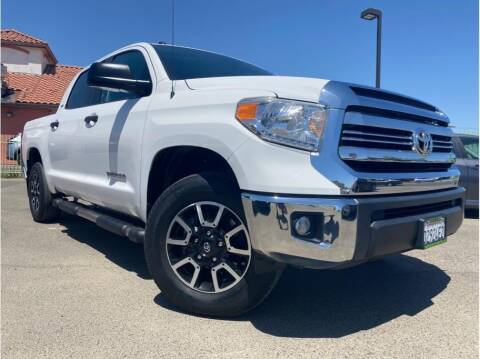 2017 Toyota Tundra for sale at MADERA CAR CONNECTION in Madera CA