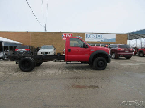 2006 Ford F-550 Super Duty for sale at Rondo Truck & Trailer in Sycamore IL