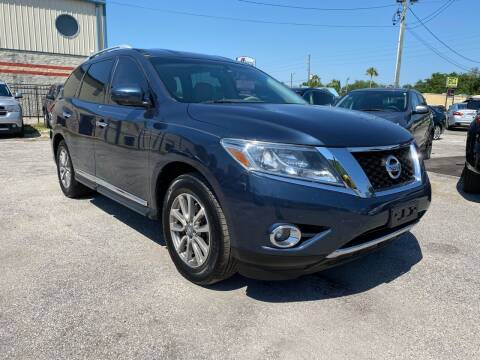 2015 Nissan Pathfinder for sale at Marvin Motors in Kissimmee FL