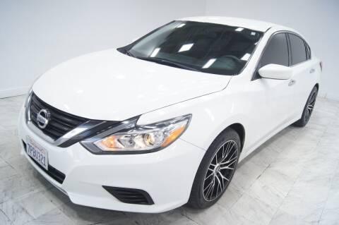 2016 Nissan Altima for sale at Sacramento Luxury Motors in Carmichael CA