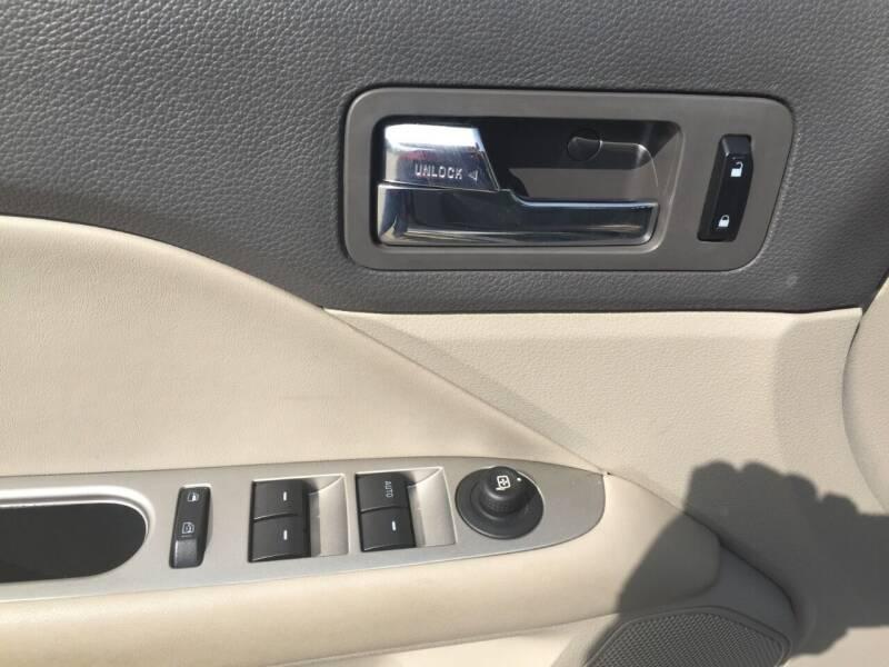 2010 Ford Fusion Hybrid 4dr Sedan - Urbandale IA