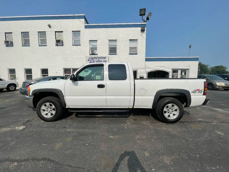 2007 GMC Sierra 1500 Classic for sale at Lightning Auto Sales in Springfield IL