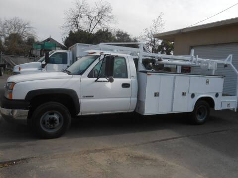 2004 Chevrolet Silverado 3500 for sale at Armstrong Truck Center in Oakdale CA