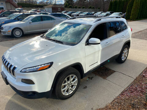 2016 Jeep Cherokee for sale at VITALIYS AUTO SALES in Chicopee MA