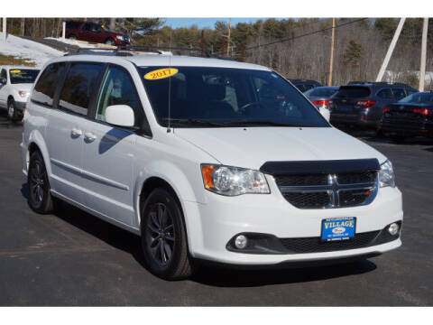 2017 Dodge Grand Caravan for sale at VILLAGE MOTORS in South Berwick ME