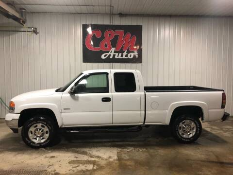 2002 GMC Sierra 2500HD for sale at C&M Auto in Worthing SD
