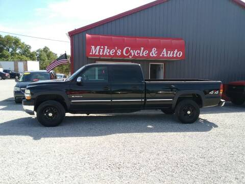 2002 Chevrolet Silverado 2500HD for sale at MIKE'S CYCLE & AUTO in Connersville IN