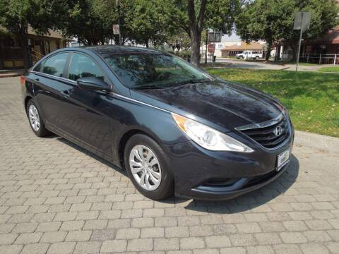 2011 Hyundai Sonata for sale at Family Truck and Auto.com in Oakdale CA