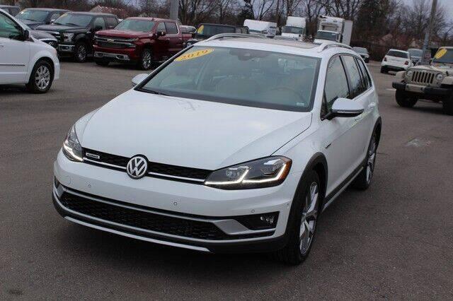 2019 Volkswagen Golf Alltrack for sale at Road Runner Auto Sales WAYNE in Wayne MI
