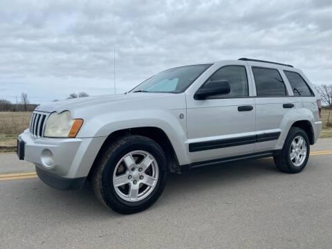 2005 Jeep Grand Cherokee for sale at ILUVCHEAPCARS.COM in Tulsa OK