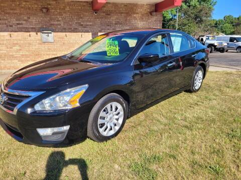 2015 Nissan Altima for sale at Murdock Used Cars in Niles MI