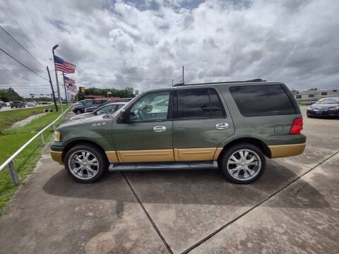 2003 Ford Expedition for sale at BIG 7 USED CARS INC in League City TX