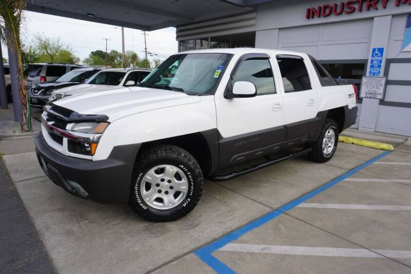 2003 Chevrolet Avalanche for sale at Industry Motors in Sacramento CA