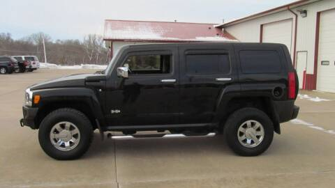 2006 HUMMER H3 for sale at New Horizons Auto Center in Council Bluffs IA